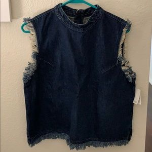 Gap dark denim tank top fray hem